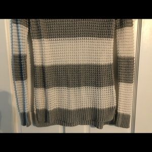 AE begging sweater